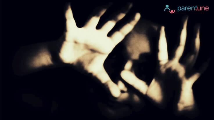 10 तरीके बच्चों को यौन शोषण से बचाने के लिए