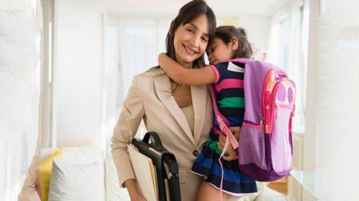 कामकाजी अभिभावक और बच्चे का लालन पोषण