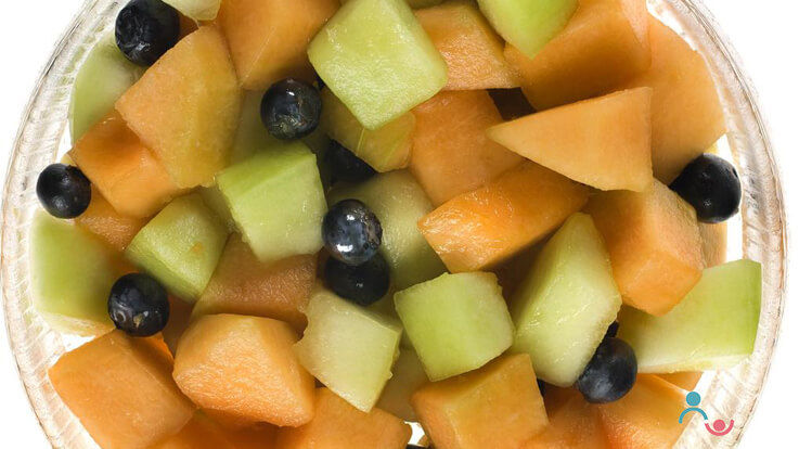 8 of the best fruits to give your child this summer