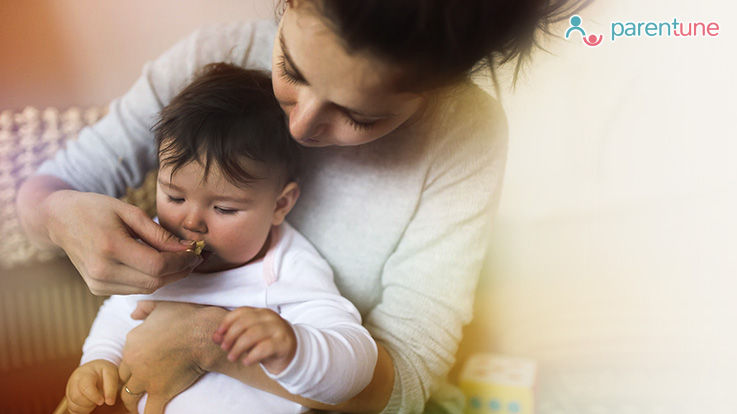 क्या हैं 1 साल के बच्चे को मीठा खिलाने के फायदे और नुकसान