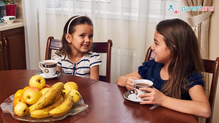 क्या आपके बच्चों को चाय पीने की आदत डालनी चाहिए