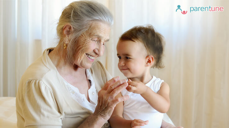 क्यों होती है दुर्लभ दादी और नानी की कहानियां