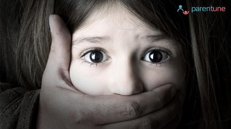 यौन शोषण के बारे में ये 10 बातें आपको अपने बच्चे को देर होने से पहले ही सिखा देनी चाहिए