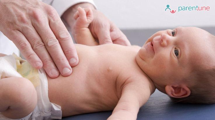 क्या हैं नवजात शिशु के पेट से संबंधित समस्याओं के लक्षण