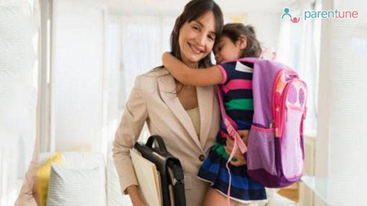वर्किंग मदर्स कैसे करें अपने समय का उपयोग बच्चे की परवरिश के लिए