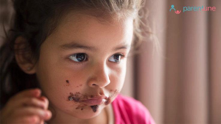 जानना जरूरी है कि बच्चे को कौन सा आहार नहीं दें