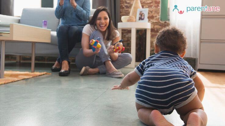 जानिए शिशुु का घुटने के बल चलने के क्या हैं फायदे