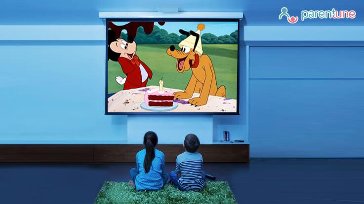 कैसे रोकें बच्चों की ज़्यादा कार्टून देखने की आदत को