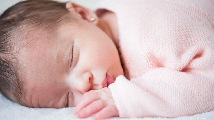 Keep Your Sleeping Baby Cool In Hot Weather Tips Tricks