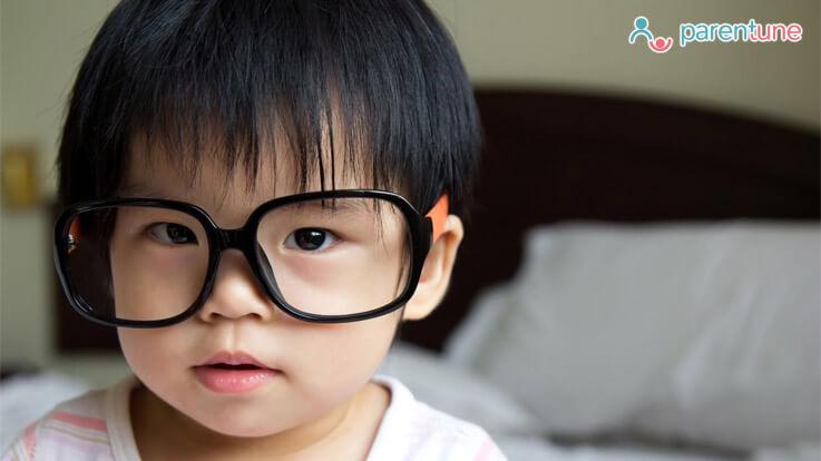 क्या हैं बच्चो की आँखे कमजोर होने के कारण लक्षण और 6 घरेलू उपाय