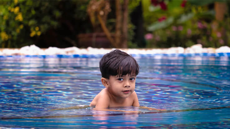 Swimming With Your Child Precautions