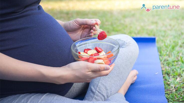 गर्भवती महिलाओं को ये फल खाना चाहिए और इन फलों से करे परहेज