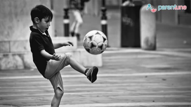 आपको आपके बचपन में ले जायेगें ये आठ खेल